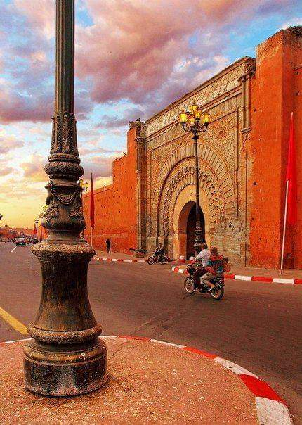 Why is the old city of Marrakech so famous? And what attracts today's visitors?